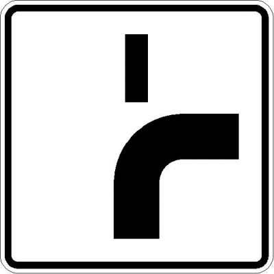Zusatzzeichen Verlauf der Vorfahrtstraße (von unten nach rechts, Fall 1) 1002-22