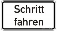 Warn/Hinweisschild Schritt fahren W23